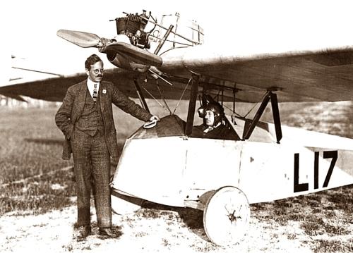 Daimler L17 Versuchstyp mit Hanns Klemm und Schrenk
