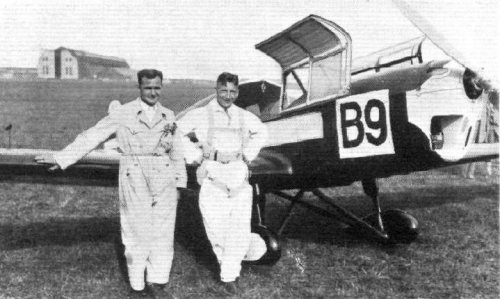 vl. Fritz Morzik, Reinhold Poss -3rd and 2nd places in the Challenge 1932 contest, by the Poss' aircraft Klemm Kl 32.