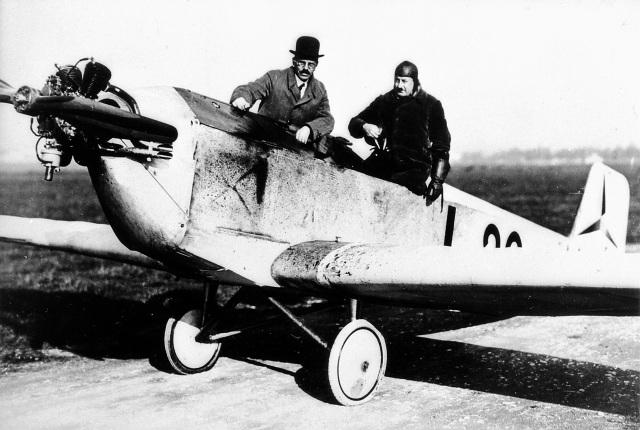 Flugzeug, Daimler-Klemm L 27