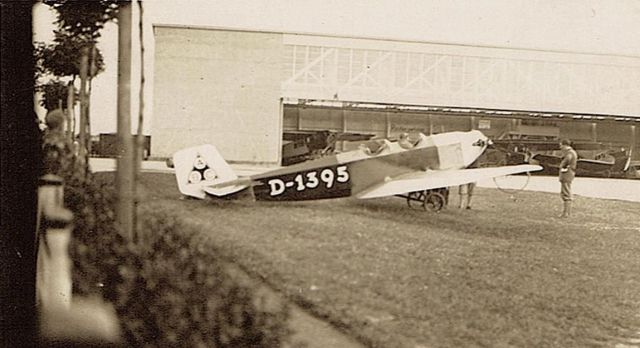 Daimler-Klemm L20 D-1395 Flugplatz Dillingen